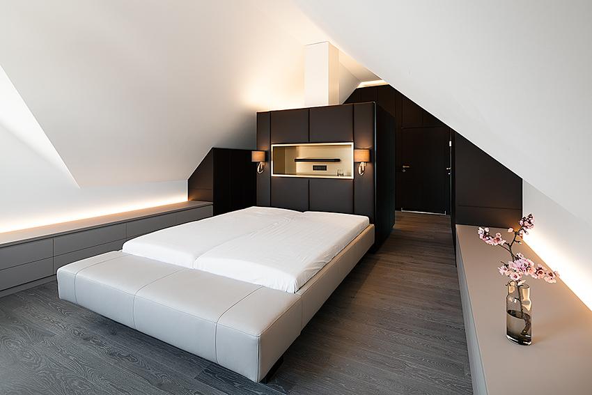 schlafzimmer unterm dach snugdesign. Black Bedroom Furniture Sets. Home Design Ideas